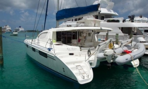 Image of Robertson and Caine Leopard 46 for sale in Bahamas for $360,000 (£267,716) NASSAU, Bahamas