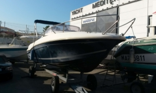 Image of Jeanneau Cap Camarat 625 WA for sale in France for €14,900 (£12,914) MARSEILLE, France