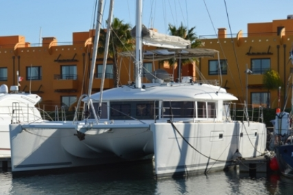 Lagoon 560 S2 for sale in Portugal for €900,000 (£793,574)