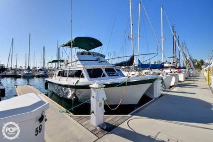 Luhrs 320 Flybridge Convertible for sale in United States of America for $25,000 (£18,038)