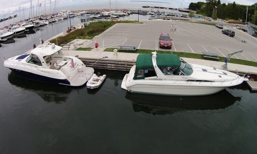 Image of Sea Ray 420 Sundancer for sale in United States of America for $79,000 (£60,567) Green Bay, Wisconsin, United States of America