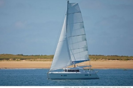 Lagoon 421 for sale in Antigua and Barbuda for €395,000 (£346,923)