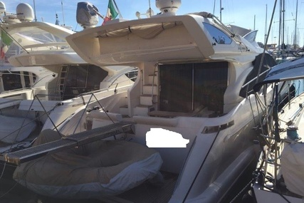 Azimut 47 Fly for sale in Italy for €349,000 (£308,677)