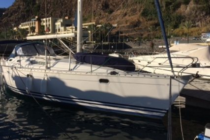 Jeanneau Sun Odyssey 42.2 for sale in Portugal for €67,000 (£58,986)