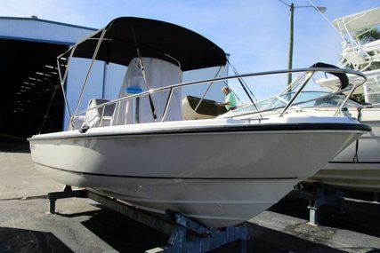 Boston Whaler 190 Outrage for sale in United States of America for $39,900 (£29,024)