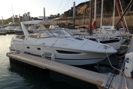 Jeanneau Leader 8 for sale in France for €53,000 (£46,516)