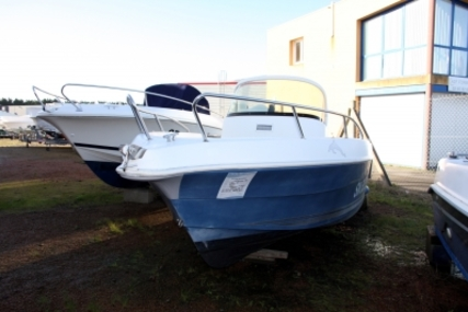 Quicksilver 550 Commander for sale in France for €8,000 (£7,042)