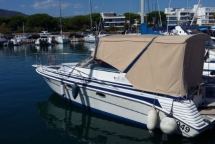 Kirie 305 Flashboat for sale in France for €13,000 (£11,434)