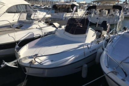 Beneteau Flyer 6 Sundeck for sale in France for €28,500 (£25,176)