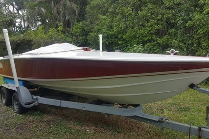 Donzi 18 Classic 2 + 3 for sale in United States of America for $17,000 (£13,370)