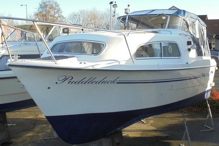 Viking 24 Wide Beam for sale in United Kingdom for £22,995