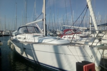Beneteau Oceanis 343 for sale in France for €57,000 (£50,025)