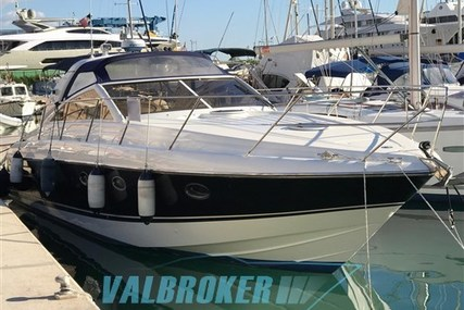 Princess V42 for sale in Italy for €150,000 (£131,646)