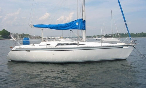 Image of Hunter Legend 37 for sale in United States of America for $34,999 (£25,253) Perth Amboy, New Jersey, United States of America