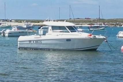 Jeanneau Merry Fisher 695 for sale in France for €22,000 (£19,333)