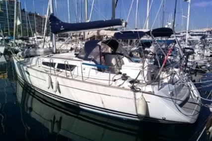 Jeanneau Sun Odyssey 36i for sale in France for €73,000 (£64,156)
