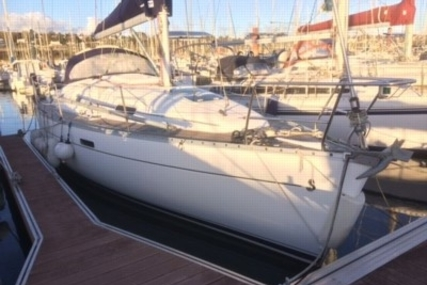 Beneteau Oceanis 331 Clipper for sale in France for €43,900 (£38,888)