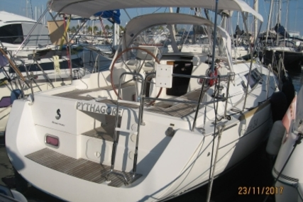 Beneteau Oceanis 34 for sale in France for €64,900 (£57,403)