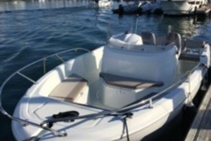 Jeanneau Cap Camarat 6.5 CS Style for sale in France for €29,900 (£26,471)