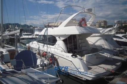 Prestige 39 for sale in Italy for €200,000 (£176,350)