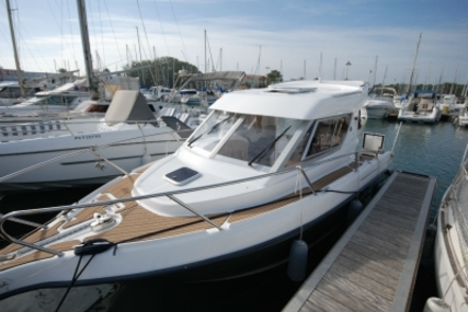 B2 Marine 722 TC for sale in France for €33,500 (£29,629)