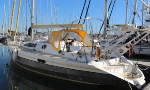 Image of Alubat Ovni 43 for sale in Portugal for €165,000 (£146,024) LISBON, Portugal