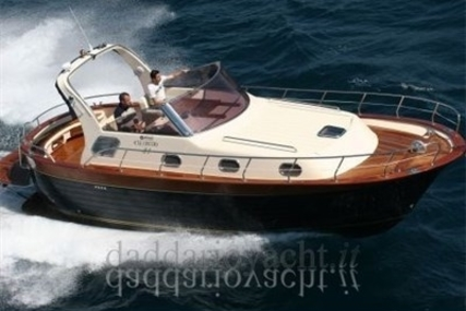 Mimi 31 Libeccio for sale in Italy for €75,000 (£66,399)