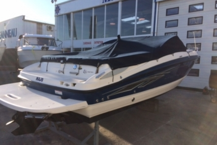 Bayliner 652 for sale in France for €18,900 (£16,600)