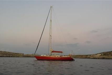 Cape Vickers 41 for sale in Malta for €32,000 (£28,105)