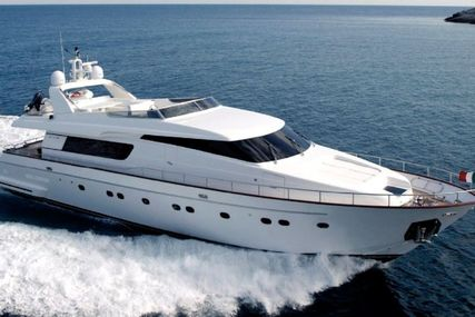 Sanlorenzo 82 for sale in Spain for €2,350,000 (£2,054,555)