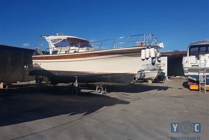 Aprea Fratelli Gozzo Aprea 32 for sale in Italy for €127,000 (£111,614)