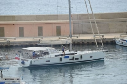 Beneteau Oceanis 55 for sale in Spain for €420,000 (£368,881)