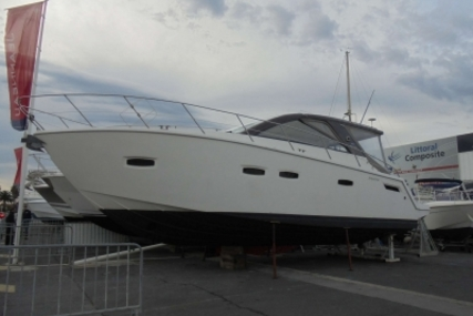 Sealine SC35 for sale in France for €155,000 (£136,434)