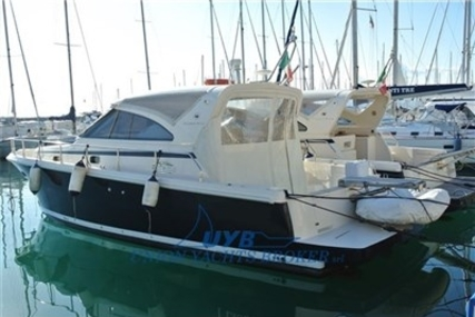 CAYMAN YACHTS Cayman 38 wa for sale in Italy for 75.000 € (66.016 £)