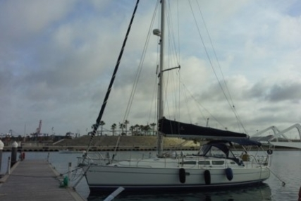 Jeanneau Sun Odyssey 40.3 for sale in Spain for €92,000 (£80,434)
