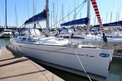 Dufour 40 for sale in France for €85,000 (£74,554)