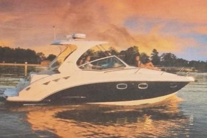 Chaparral Chaparall Signature 310 for sale in Germany for €154,000 (£135,450)