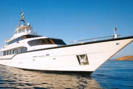 CUSTOM STEEL Luxury Cruiser for sale in Greece for €1,900,000 (£1,682,384)