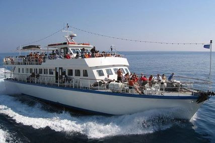 Day Passenger Ship for sale in  for €295,000 (£260,916)