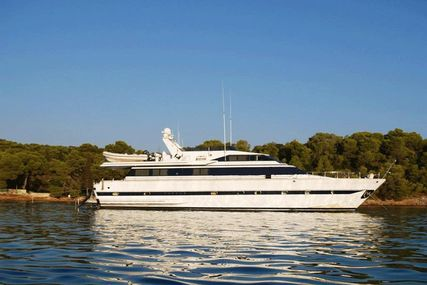 Versilcraft Super Challenger 83 for sale in Greece for €350,000 (£307,400)