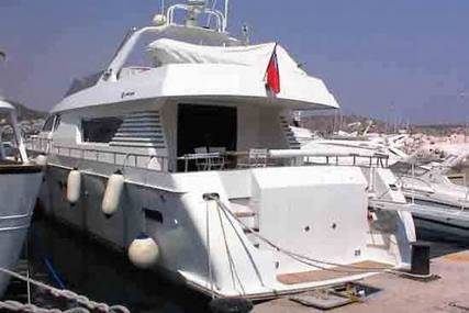 Alalunga 24 for sale in Greece for €490,000 (£433,387)