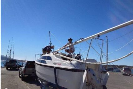 Macgregor 26M for sale in United States of America for $20,500 (£14,632)
