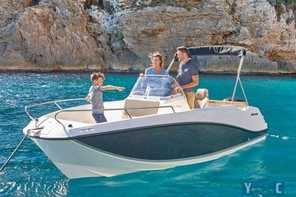 Quicksilver 555 Open for sale in Italy for €19,880 (£17,502)