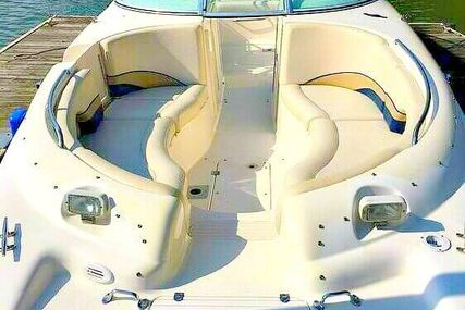 Chaparral Sunesta 233 for sale in United States of America for $20,000 (£14,549)