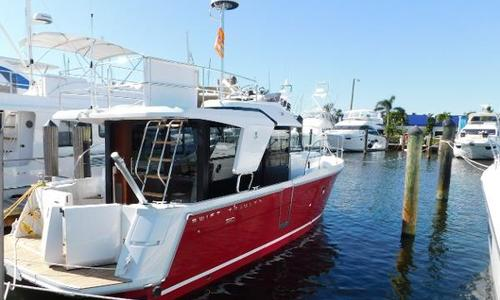 Image of Beneteau Swift Trawler 30 for sale in United States of America for $411,175 (£298,561) Fort Lauderdale, FL, United States of America
