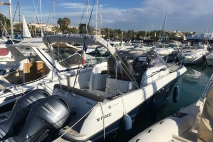 Jeanneau Cap Camarat 8.5 WA for sale in France for € 95.000 (£ 82.621)
