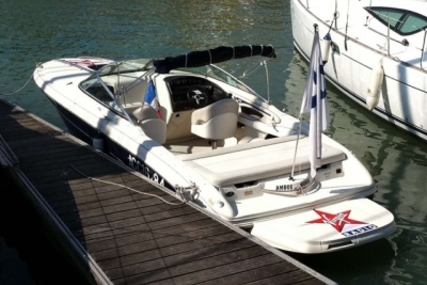 Sea Ray 240 Overnighter for sale in France for €19,800 (£17,620)