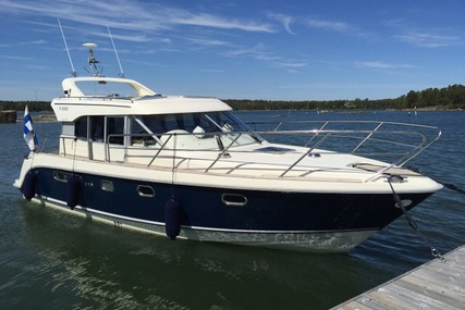 Aquador 32 for sale in Finland for €89,500 (£79,531)
