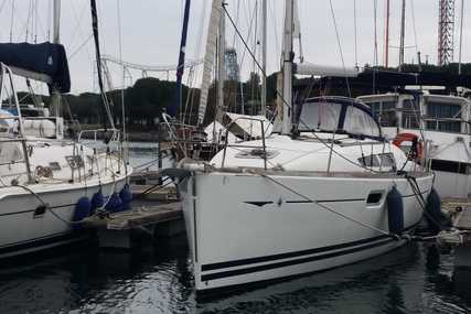Jeanneau Sun Odyssey 36 for sale in France for €79,500 (£70,087)