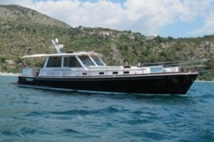 Grand Banks Eastbay 54 for sale in France for €620,000 (£549,227)